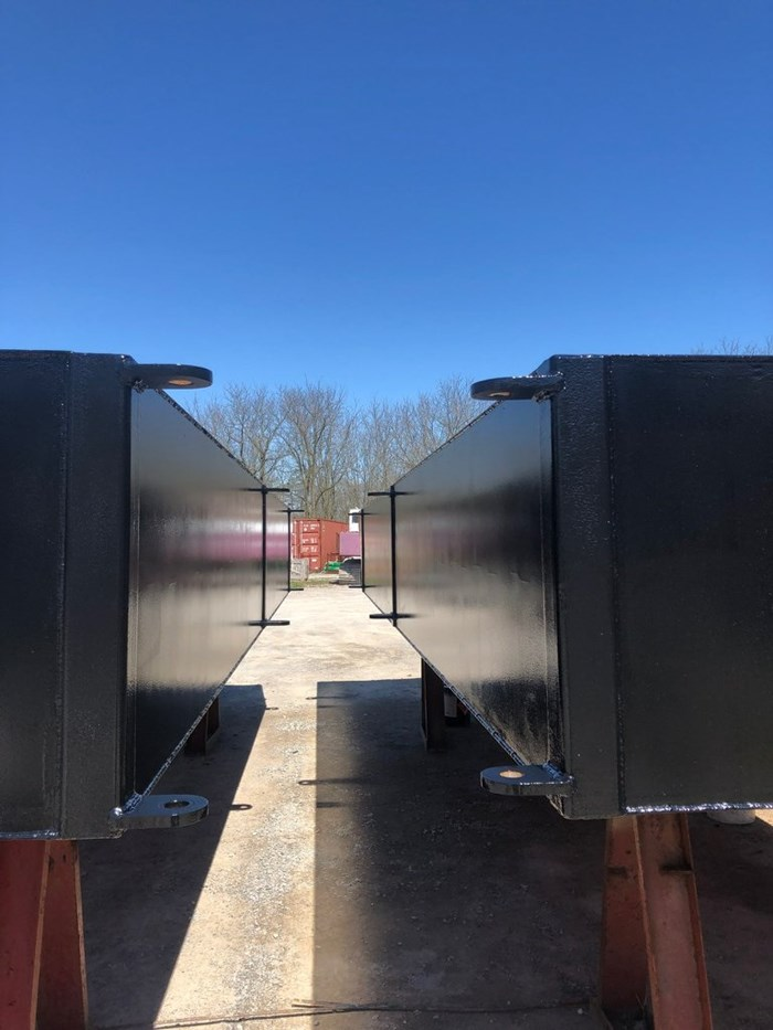2021 2021 24′ x 16'6 x 30″ Sectional Barge - BACK IN STOCK! Photo 4 of 5