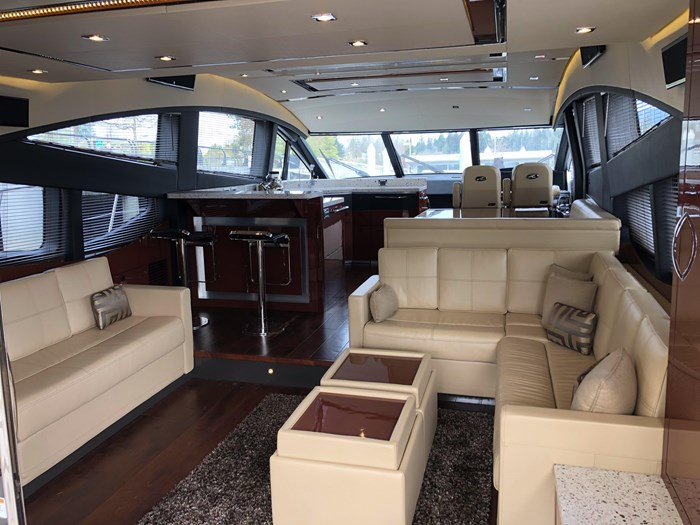 2017 Sea Ray L650 Fly Photo 2 sur 52