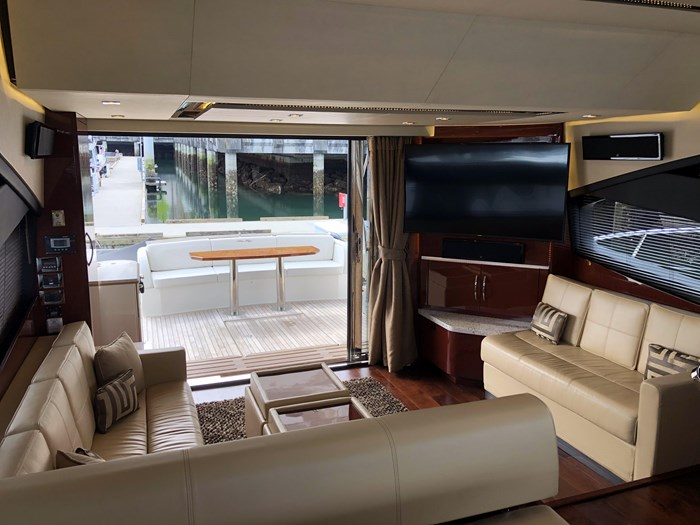 2017 Sea Ray L650 Fly Photo 3 sur 52