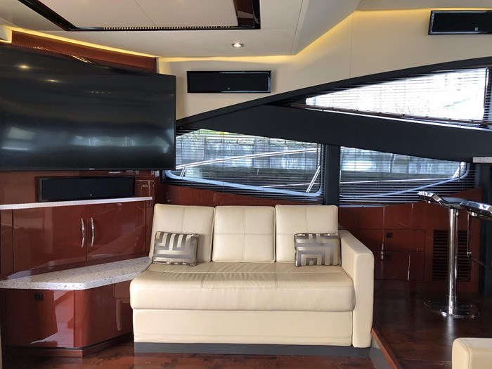 2017 Sea Ray L650 Fly Photo 6 sur 52