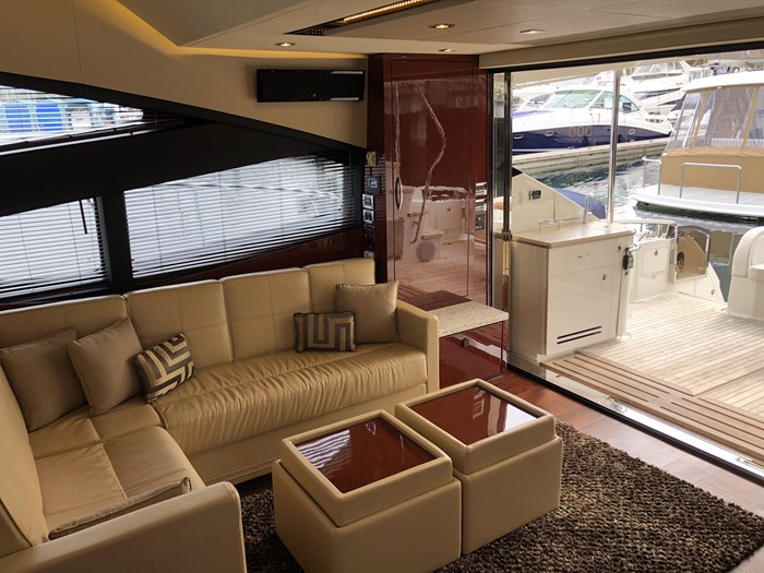 2017 Sea Ray L650 Fly Photo 8 sur 52