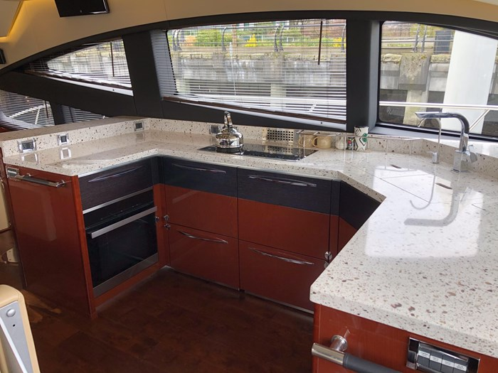 2017 Sea Ray L650 Fly Photo 10 sur 52