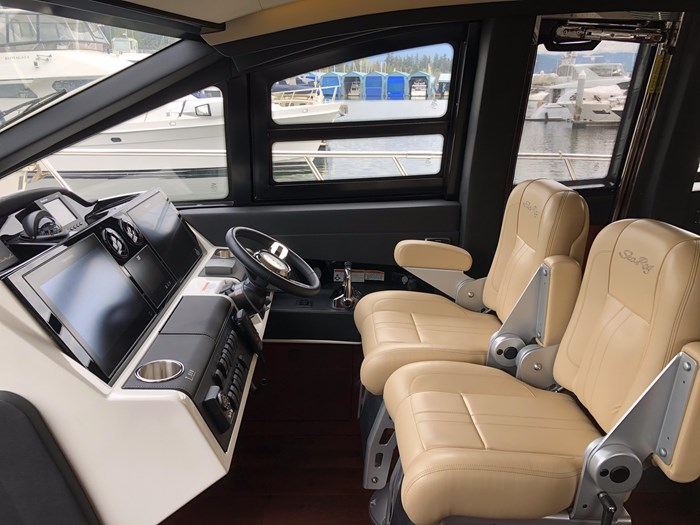 2017 Sea Ray L650 Fly Photo 17 sur 52