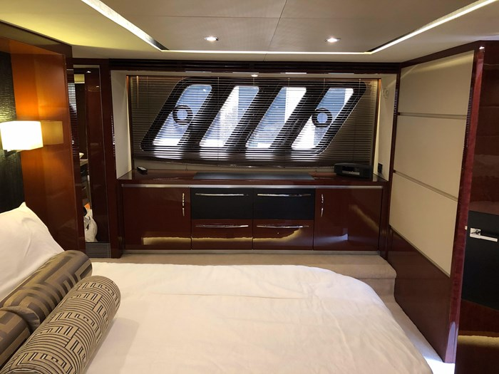2017 Sea Ray L650 Fly Photo 33 sur 52