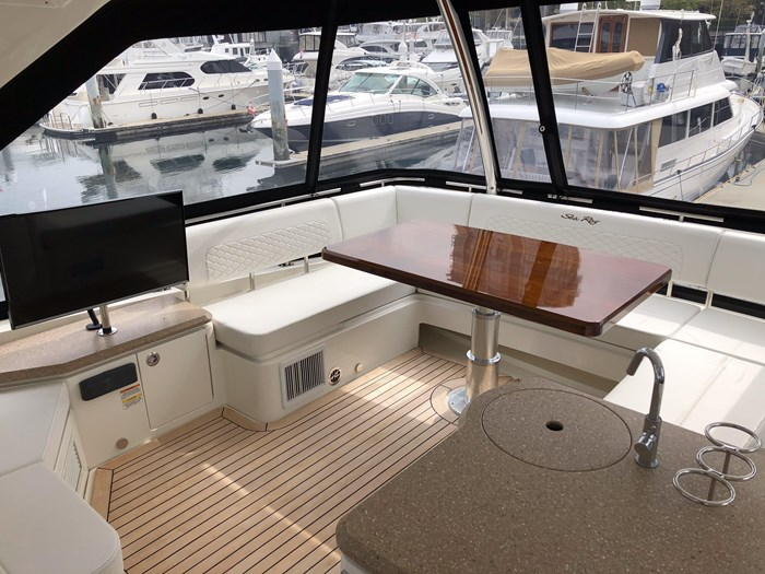 2017 Sea Ray L650 Fly Photo 43 sur 52