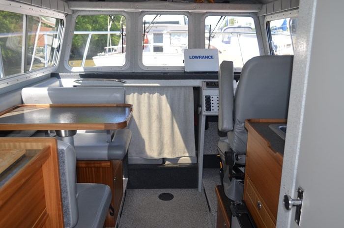 2015 KingFisher 2525 Offshore Photo 12 of 35