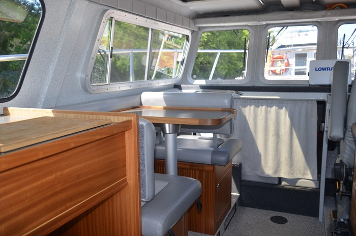 2015 KingFisher 2525 Offshore Photo 13 of 35