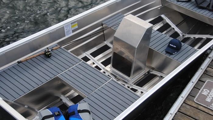 2020 Marlon Welded Utility Boat WV14L W/ Center Console Photo 5 sur 8