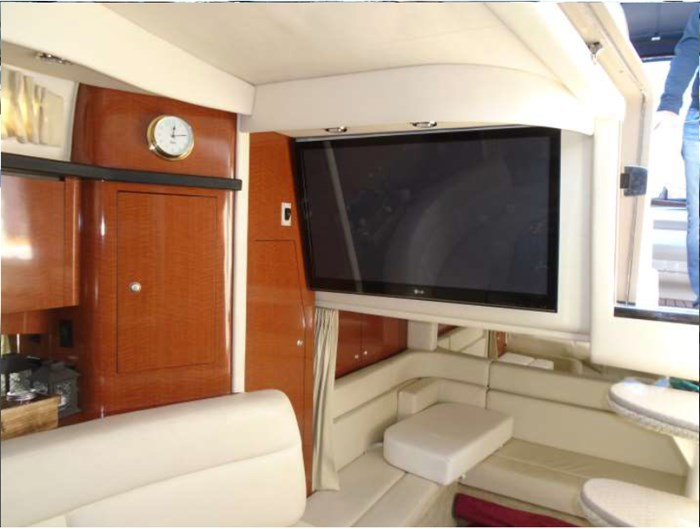 2005 Sea Ray 340 Sundancer Photo 19 of 27