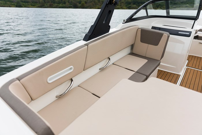 2021 Bayliner VR4 Bowrider Photo 22 sur 36