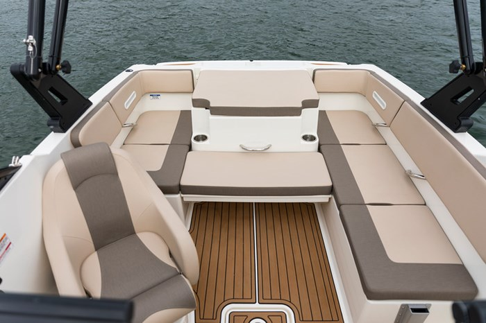 2021 Bayliner VR4 Bowrider Photo 28 sur 36