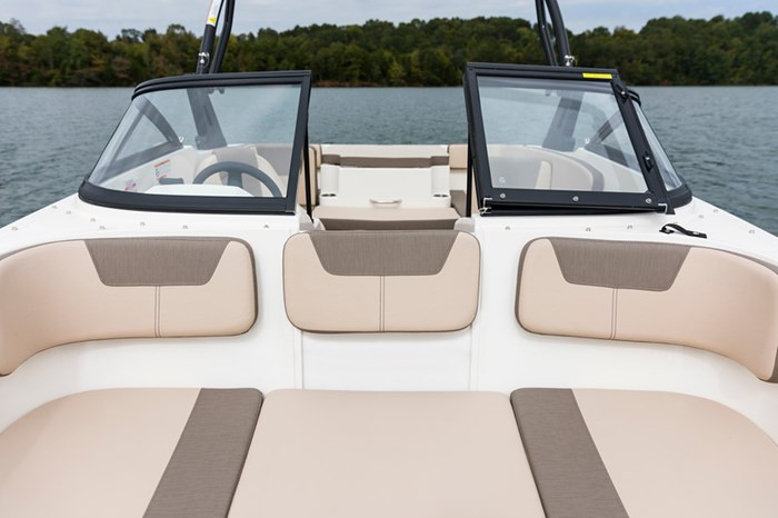2021 Bayliner VR4 Bowrider Photo 35 sur 36