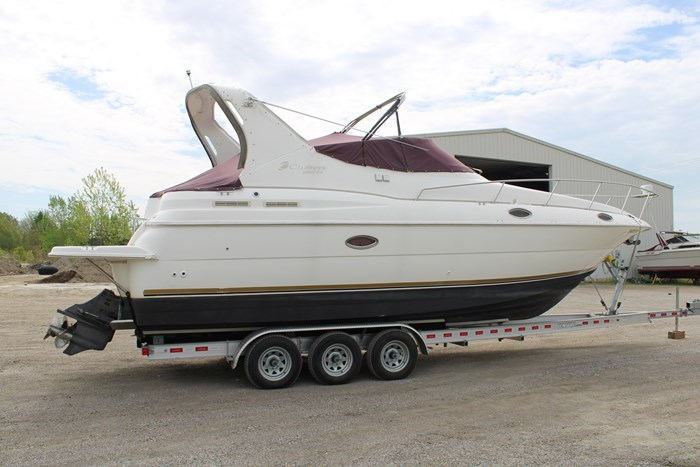 1998 Cruisers Yachts 3070 Rouge Photo 19 sur 24