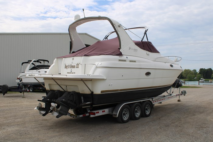 1998 Cruisers Yachts 3070 Rouge Photo 20 sur 24