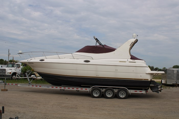 1998 Cruisers Yachts 3070 Rouge Photo 23 sur 24