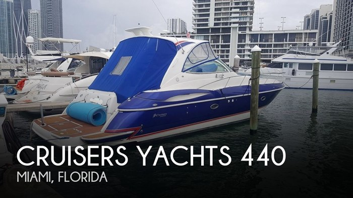 2004 Cruisers Yachts 440 Express Photo 1 sur 20