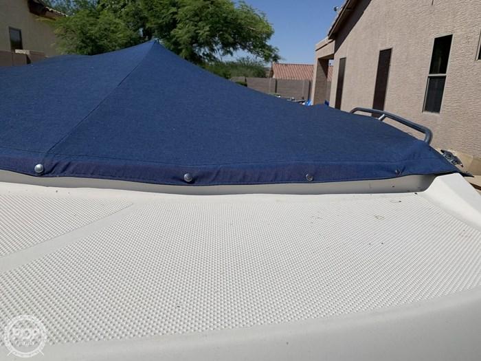 2009 Bayliner 217 Deck Photo 14 sur 20