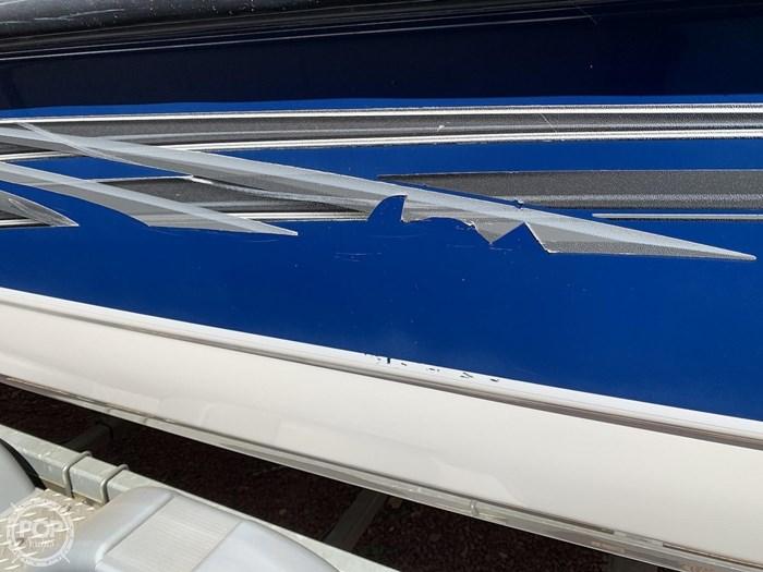 2009 Bayliner 217 Deck Photo 19 sur 20