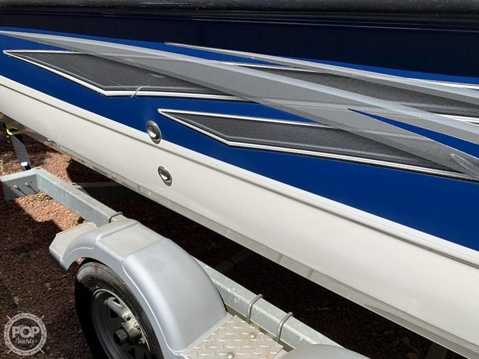 2009 Bayliner 217 Deck Photo 20 sur 20