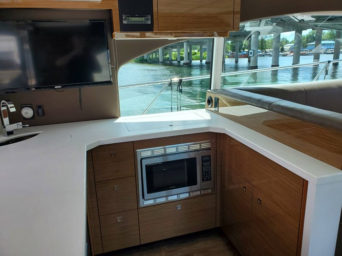 2017 Cruisers Yachts 45 Cantius Photo 23 sur 47