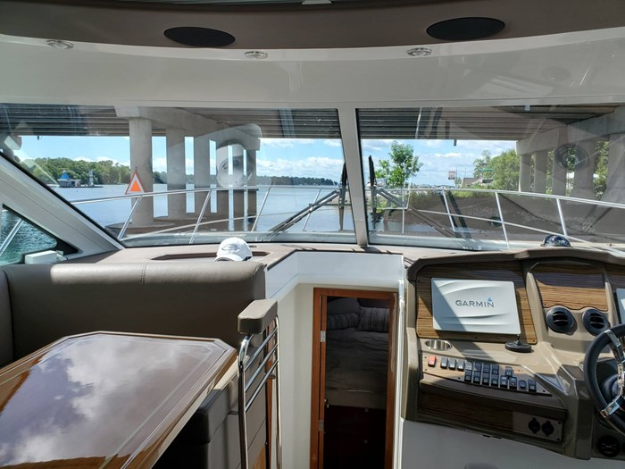 2017 Cruisers Yachts 45 Cantius Photo 29 sur 47