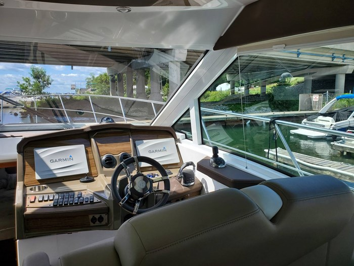 2017 Cruisers Yachts 45 Cantius Photo 30 sur 47