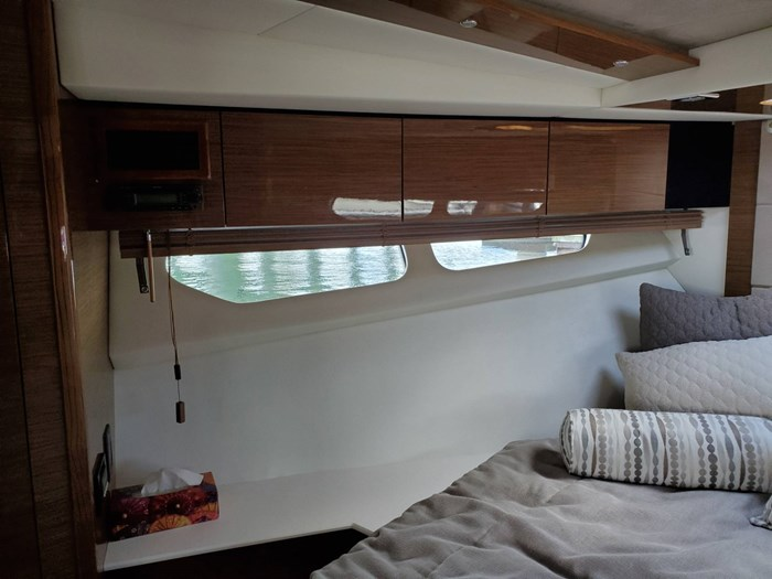 2017 Cruisers Yachts 45 Cantius Photo 34 sur 47