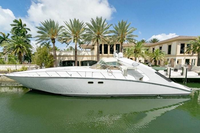 2004 Custom Shoell Express Motor Yacht Photo 3 sur 110