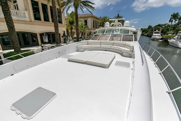 2004 Custom Shoell Express Motor Yacht Photo 17 sur 110