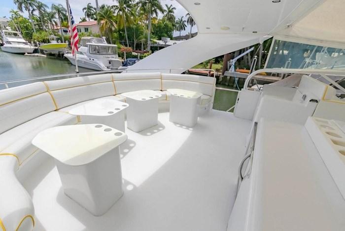 2004 Custom Shoell Express Motor Yacht Photo 22 sur 110
