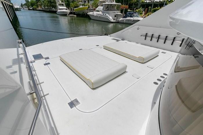 2004 Custom Shoell Express Motor Yacht Photo 24 sur 110