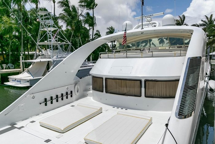 2004 Custom Shoell Express Motor Yacht Photo 28 sur 110