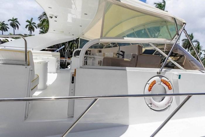 2004 Custom Shoell Express Motor Yacht Photo 29 sur 110