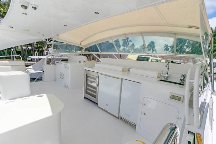 2004 Custom Shoell Express Motor Yacht Photo 32 sur 110