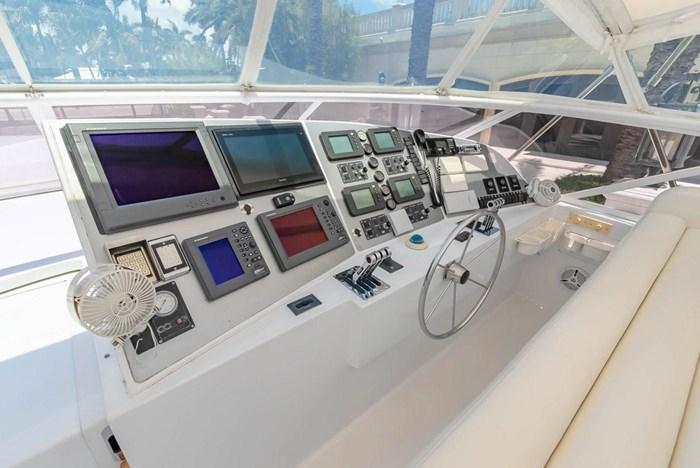 2004 Custom Shoell Express Motor Yacht Photo 36 sur 110