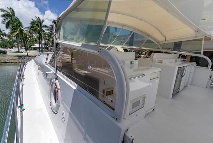 2004 Custom Shoell Express Motor Yacht Photo 55 sur 110