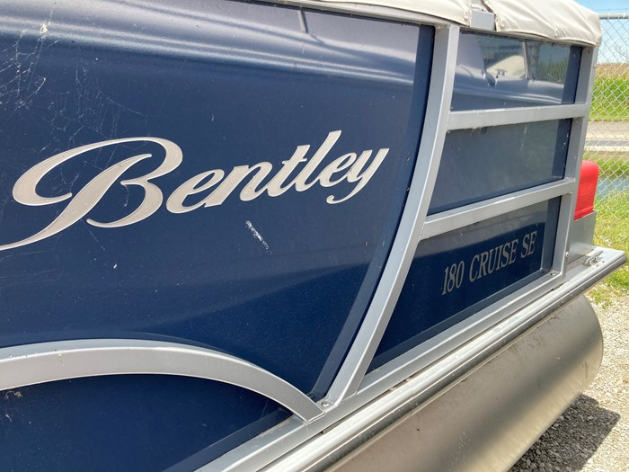 2019 Bentley 180 Cruise Photo 4 of 4