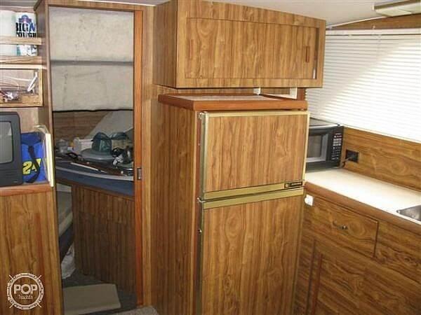 1979 Chris-Craft Catalina 350 Photo 8 sur 12