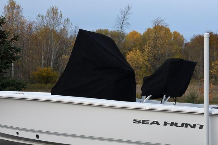 2016 Sea Hunt BX 22 BR Photo 2 of 9