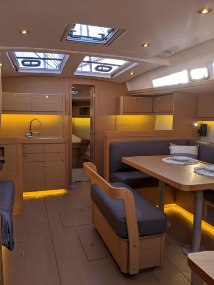 2019 Dufour Yachts 460 Photo 17 of 42