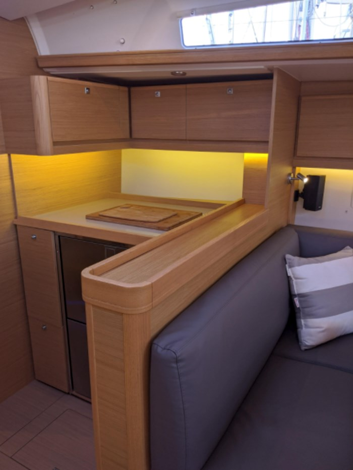 2019 Dufour Yachts 460 Photo 21 of 42