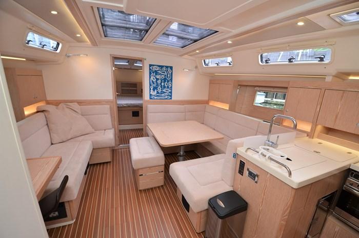 2016 Hanse Yachts 455 Photo 11 of 63
