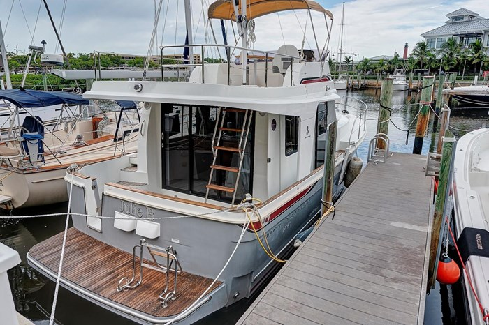 2014 Beneteau Swift Trawler Photo 1 sur 36