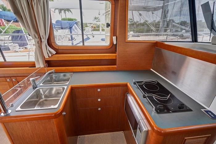 2014 Beneteau Swift Trawler Photo 24 sur 36