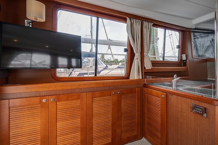 2014 Beneteau Swift Trawler Photo 28 sur 36