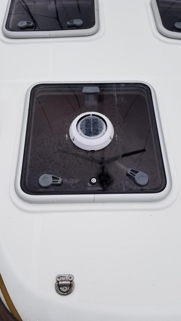 2007 Beneteau 523 Photo 6 of 47