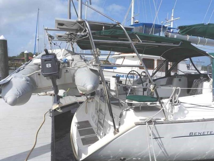 2005 Beneteau 423 Photo 7 sur 41