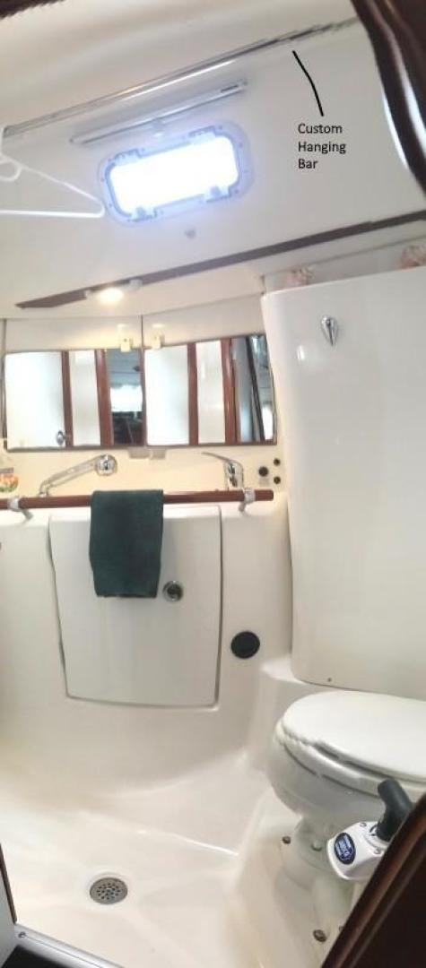 2005 Beneteau 423 Photo 36 sur 41