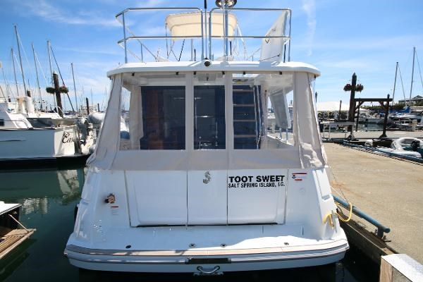 2020 Beneteau 30 Swift Trawler Photo 17 of 53