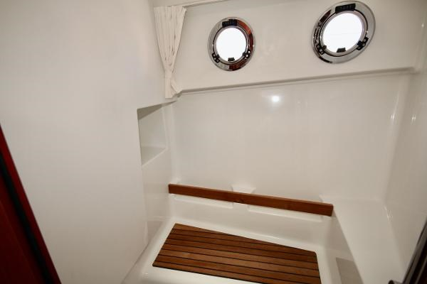2020 Beneteau 30 Swift Trawler Photo 47 of 53